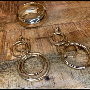 Gold (colored) Bangle and Earrings Set